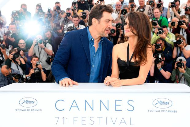 Javier Bardem and wife Penelope Cruz attend the photocall for 'Everybody Knows' during the 71st annual Cannes Film Festival at Palais des Festivals yesterday. Photo: Pascal Le Segretain/Getty Images for Swarovski.