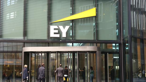SIG confirmed it was appointing EY as its external auditor (PA)