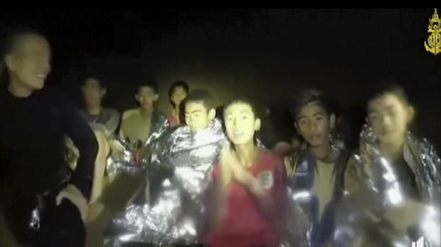 The boys inside the cave (Thai Navy Seal via AP)