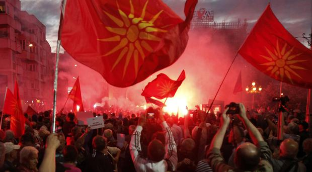 Macedonian leader announces referendum question over name change