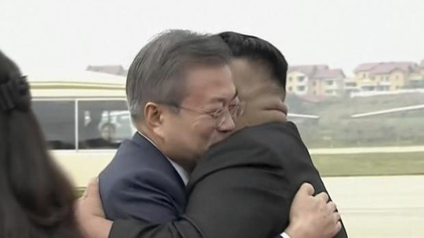 korea leaders embrace as they meet in pyongyang for third summit