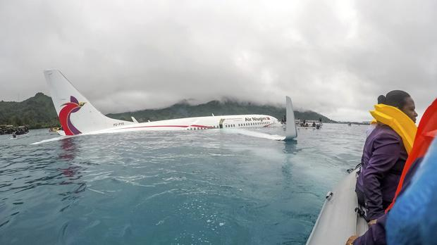 airline now says one missing after pacific lagoon plane crash