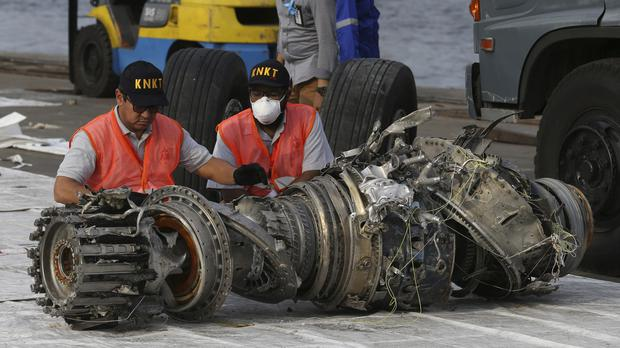 A engine recovered from the crashed Lion Air jet (Achmad Ibrahim/AP)