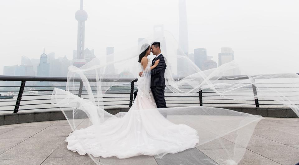 Weddings in China are a way of showing off wealth. Photo: AFP/Getty