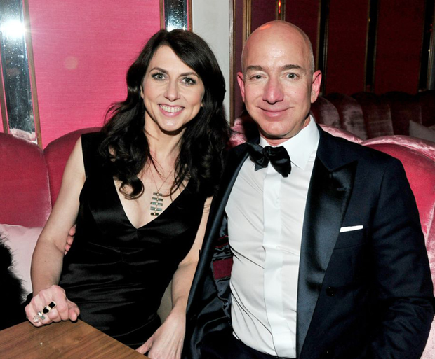 Last month the National Enquirer revealed details of the divorce of Bezos from his wife of 25 years, the novelist MacKenzie Bezos.