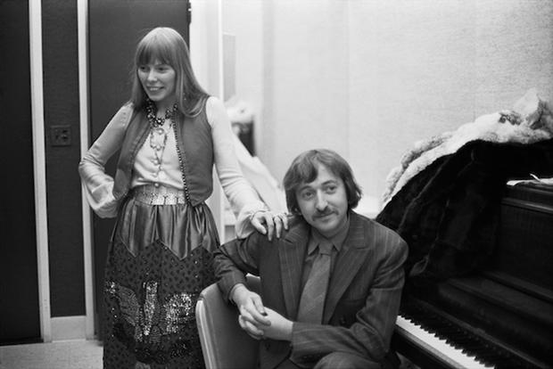 TOUGH CAT: Elliot Roberts with Joni Mitchell before her Carnegie Hall show in 1969