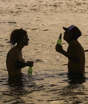 Keeping cool in Melbourne yesterday, where temperatures have soared to 45C
