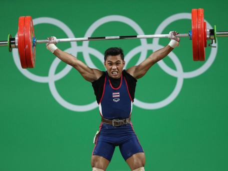 Sinphet Kruithong on his way to winning bronze in the men's 56kg weightlifting Photo:Getty Images