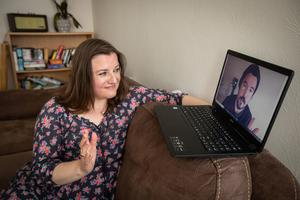Journalist Laura Lynott on a call with her lecturer Emmet Kelly. Photo: Mark Condren