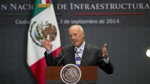 Lord Norman Foster speaks during the announcement of the design of Mexico City's new airport (AP)