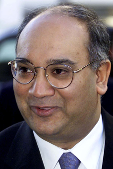 Keith Vaz: people should not give in to terrorists