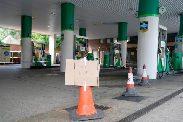 """A """"no fuel"""" sign at a BP garage in St Johns Wood, London. Photo: Adam Davy/PA Wire"""
