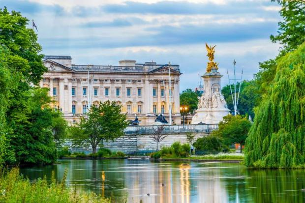Ticket holders will be allowed to picnic on the grounds of Buckingham Palace in London