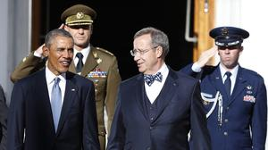 US president Barack Obama and Estonia's President Toomas Hendrik Ilves attend a welcome ceremony at the Kadriorg Palace in Tallinn (AP)