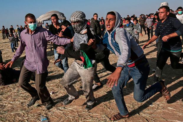 Palestinina protesters clash with the Israeli army during a demonstration in the southern Gaza Strip. Photo: Said Khatib/AFP/Getty