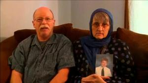 """Ed and Paula Kassig recording a video message for their son, Peter, in Indianapolis October 4. Islamic State militants said in a video on Sunday, they had beheaded U.S. hostage Peter Kassig and warned the United States they would kill other U.S. citizens """"on your streets"""" (REUTERS/Kassig)"""