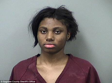 Lestina Marie Smith (170 of Michigan, is facing felony charges for allegedly forcing a 19-year-old man to have sex with her at knifepoint. Photo: Saginaw County Sheriff's Office